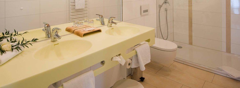 Suite Eulenbruck Badezimmer - Landhotel Alte Mühle Ferienregion Nördlicher Bodensee